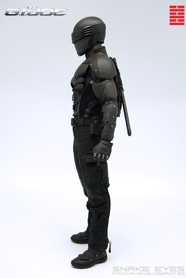 Here's a look at the back of Snake Eyes with his sword sheath securely ...