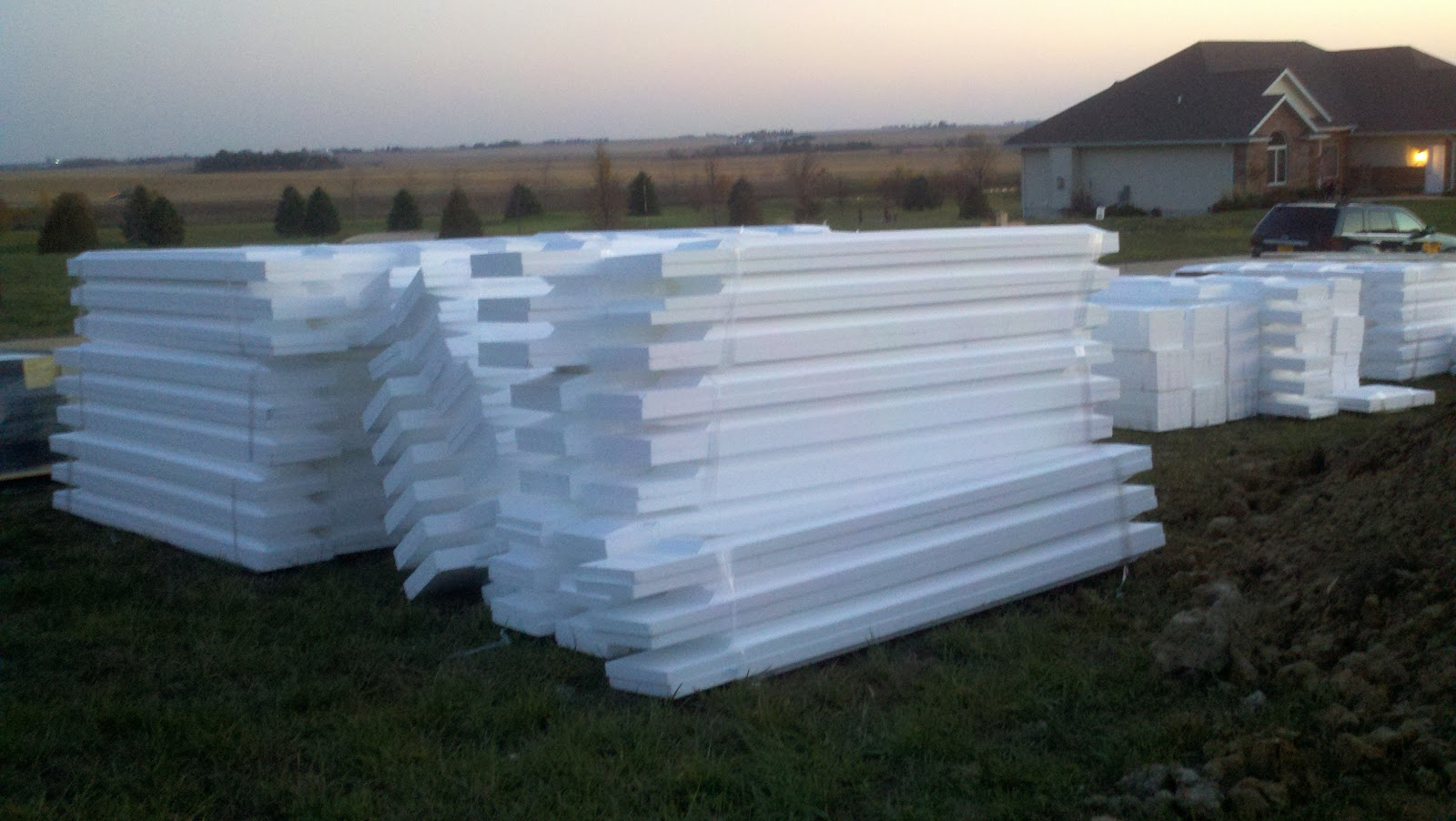 New lizer homestead foam delivered lots and lots of foam for Foam basement forms