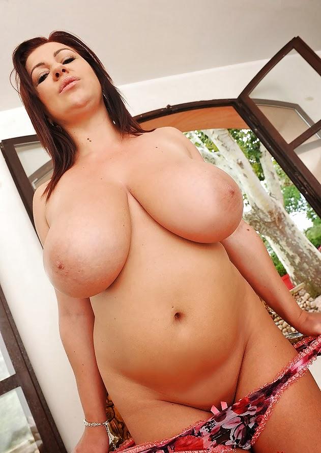hot dreadlock chick nude