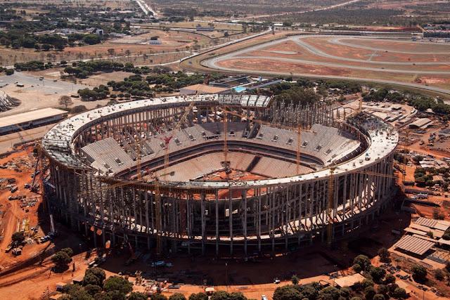 Estádio Nacional de Brasília em agosto