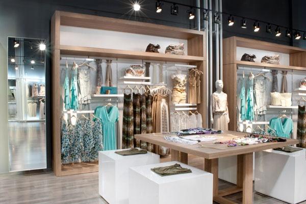 decoracao de interiores lojas:uma loja de roupa feminina – Decoração de lojas de roupa feminina