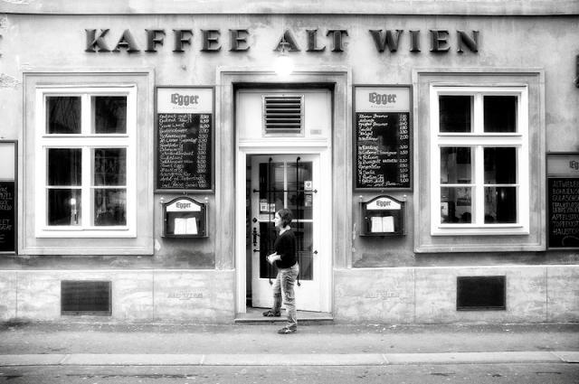 http://2.bp.blogspot.com/-qdRfLtbofAA/TvmK8A-1mSI/AAAAAAAAAkU/Zl0j7Qm8o-8/s1600/Kaffee+Alt+Wien++4142.png
