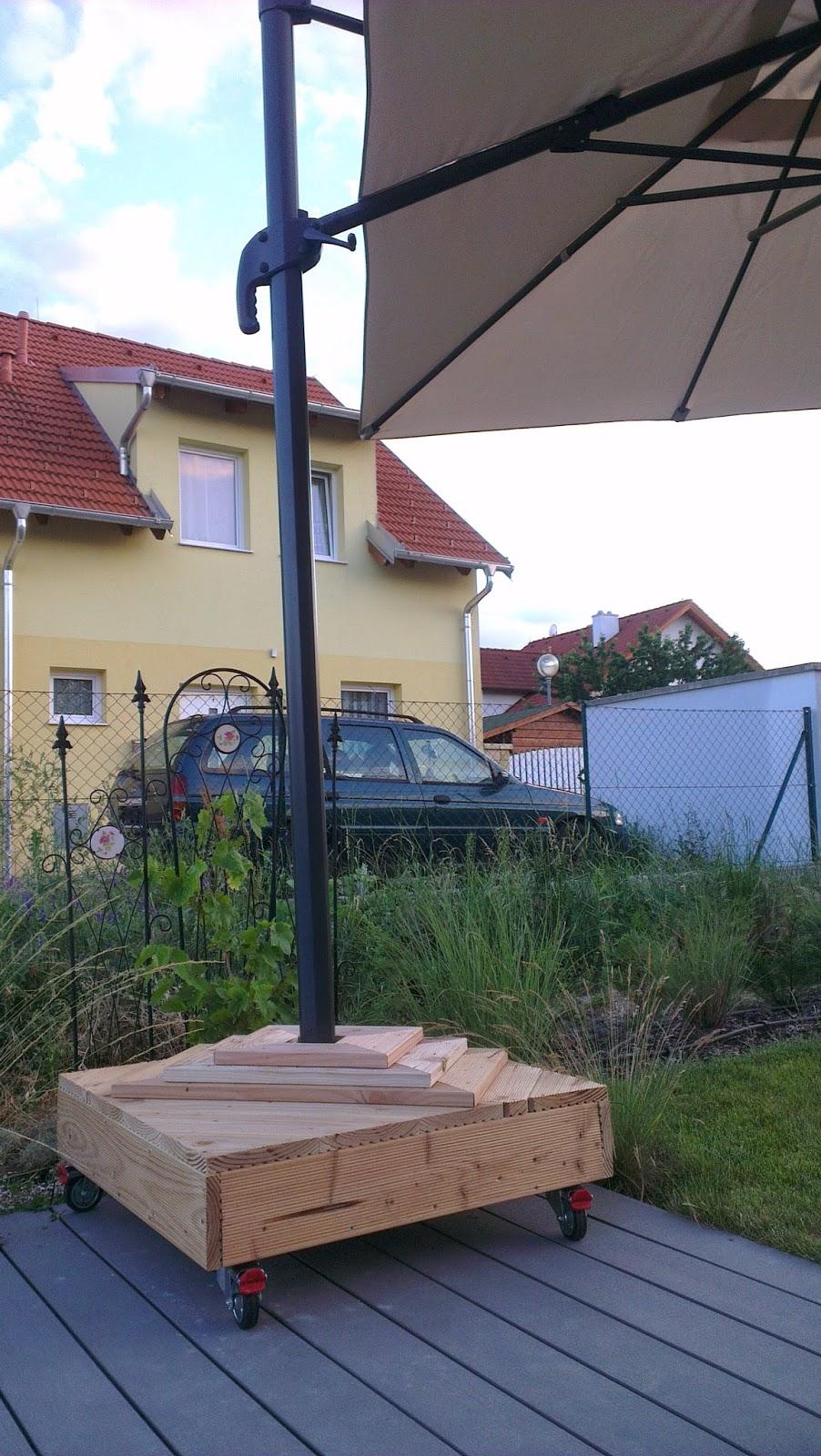 Hausbau - Das Tor zur Hölle ;-): Der Schirmständer