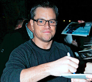 'Elysium' star Matt Damon says he has money concerns