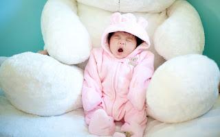 cute baby yawning (32)