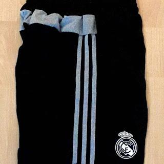 gambar desain terbaru musim depan real madrid kiper foto photo kamera Celana bola Real Madrid warna hitam terbaru musim 2015/2016 di enkosa sport toko online terpercaya lokasi di jakarta pasar tanah abang