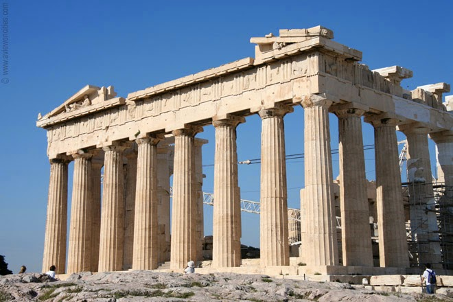 Close-up-view-of-the-Parthenon