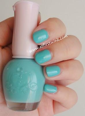 Etude House nail polish DGR701 - Tint Mint turquoise