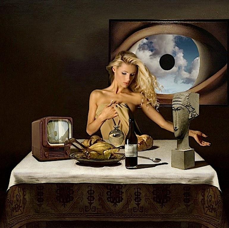 surrealismo-mujeres-sin-ropa