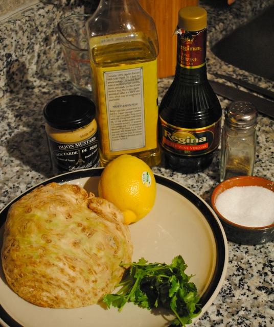 Салат из корня сельдерея с горчичной заправкой