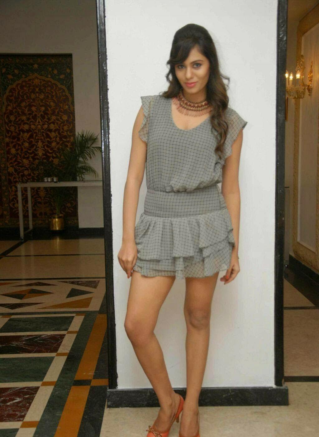 Deepa sannidhi hot