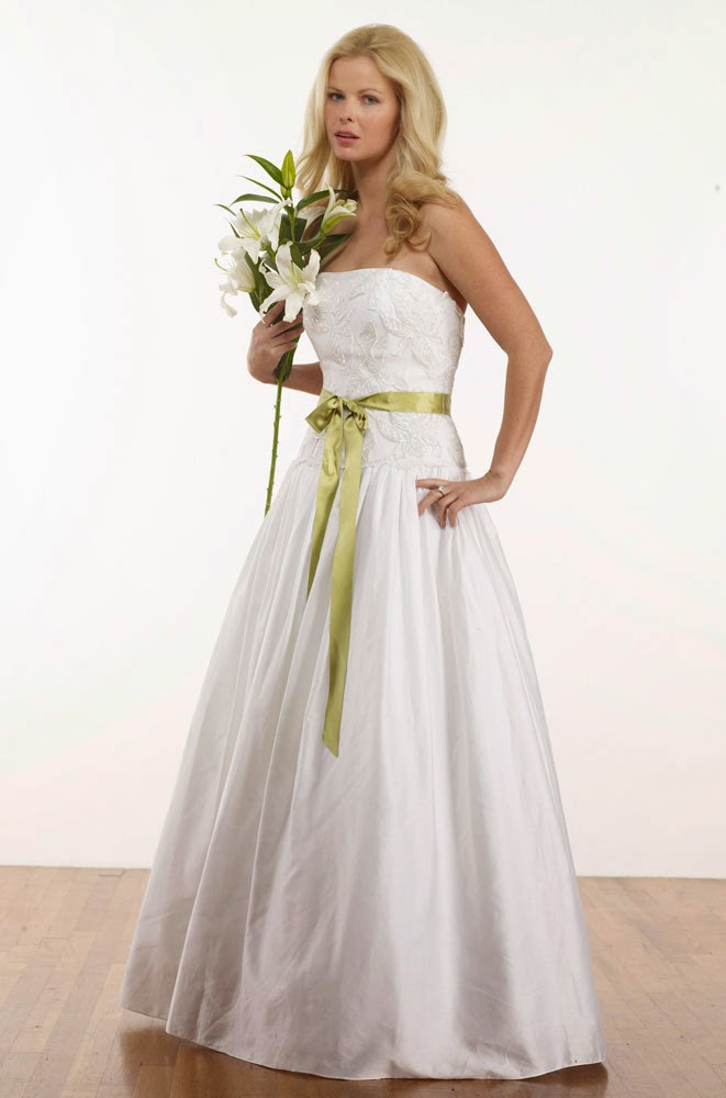 Casual Spring Wedding Dresses without Sleeves Design pictures hd