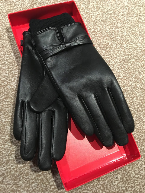 Heat Holders Leather Gloves