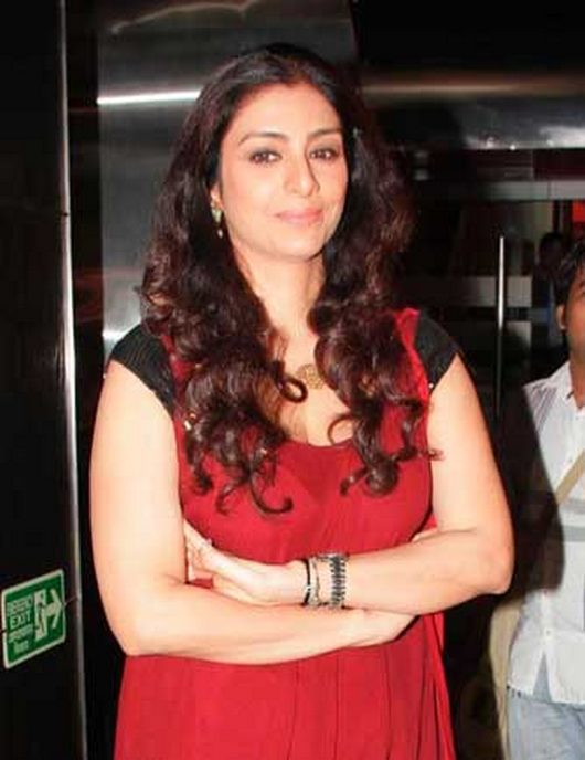 Real Event Hot Pics of Celebrities: Tabu at a Premiere Tabassum Hashmi