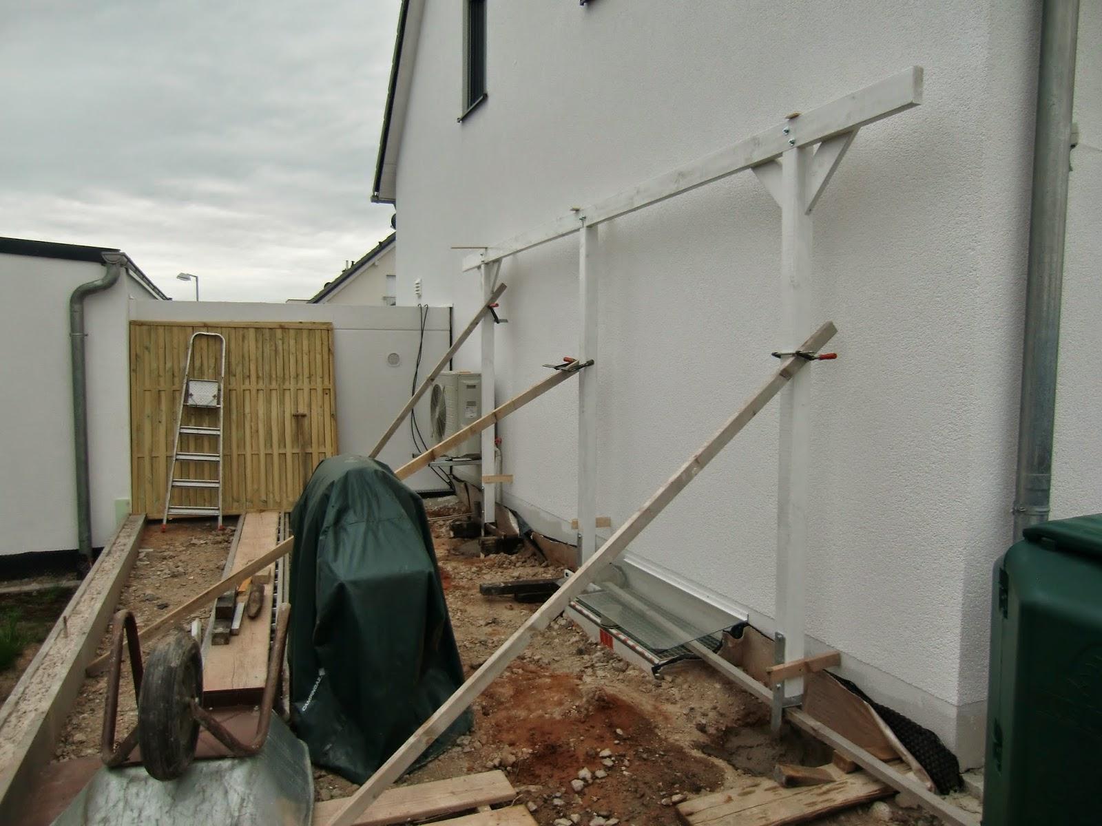 Für Unsere Terrasse Haben Wir Uns Für Einen Runden Pavillon Entschieden,  Geliefert Wurde Mal Wieder Der Falsche, Nämlich Ein Rechteckiger.
