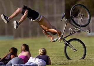 smesne fotke salto sa biciklom