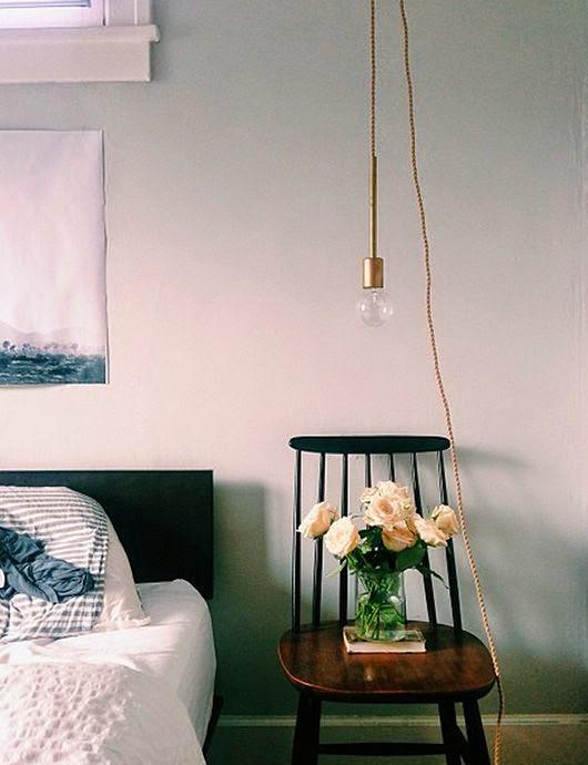 silla tapiovara antigua para dormitorio
