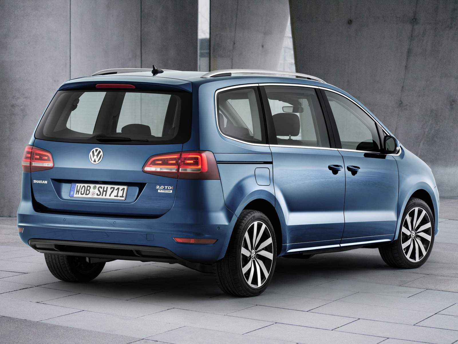 volkswagen touran 2016 fotos e especifica es oficiais car blog br. Black Bedroom Furniture Sets. Home Design Ideas