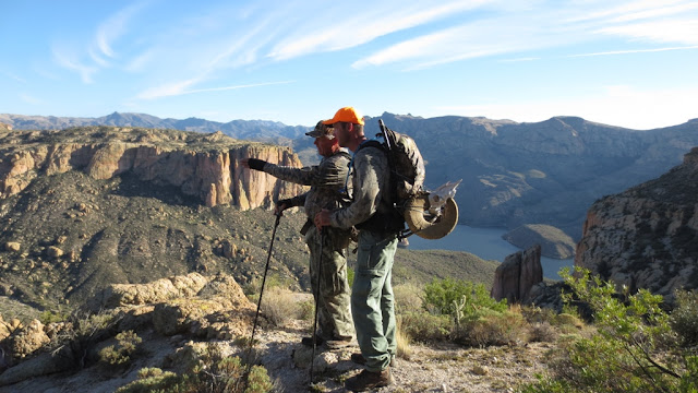 Arizona+Desert+Bighorn+Sheep+Hunting+in+Unit+22+with+Colburn+and+Scott+Outfitters+13.JPG