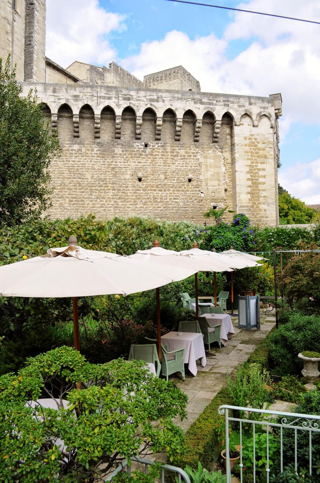 Our house in provence the little train and lunch at la mirande restaurant in avignon - Restaurant la mirande avignon ...