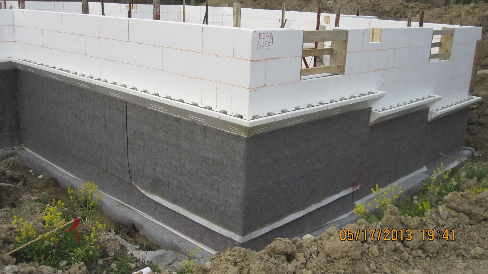Gloalblock all foam icf buildblock basement rental 1 bhk for Basement forms