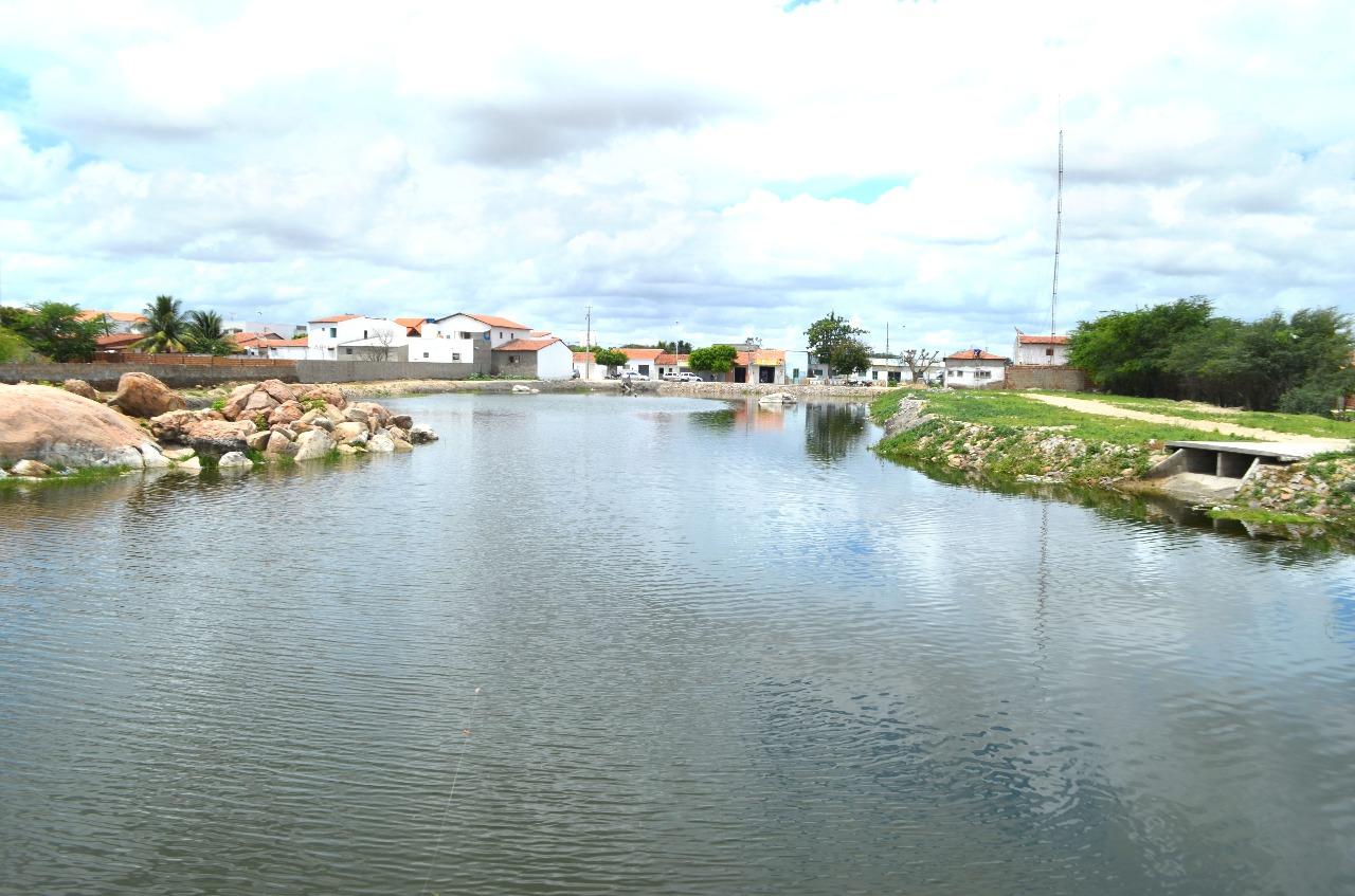 Lagoa - Centro de São Vicente do Seridó