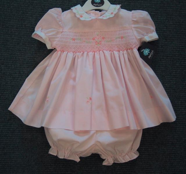 Shop baby girl dresses & clothing at Smocked Auctions. Buy classic smocked and monogrammed children's clothing online for newborns, babies, toddlers, and kids.