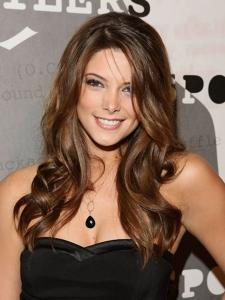 Ashley Greene-18