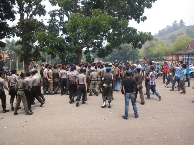 Aksi Demo PMII Diwarnai Bentrok Mahasiswa Vs Aparat