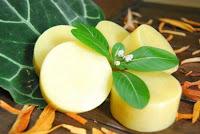 sabun apel - membersihkan komedo