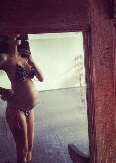 Nikita Mirzani seksi bugil hamil