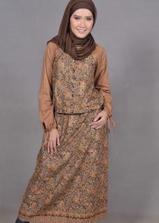 Busana Batik Muslim Terbaru Modern
