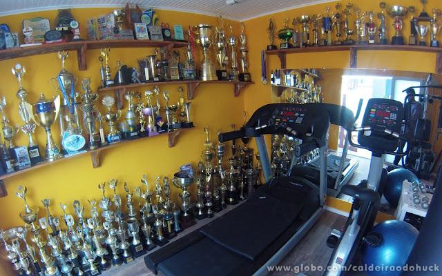 quarto treino - trofeus equipamentos de ginastica