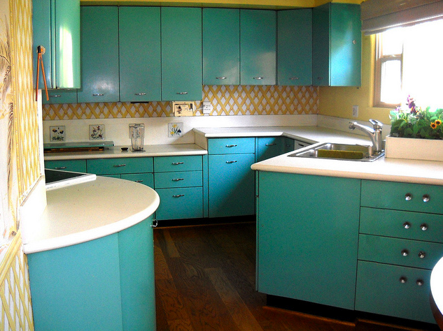 Rhan vintage mid century modern blog mid century kitchens for 1950 kitchen cabinets for sale