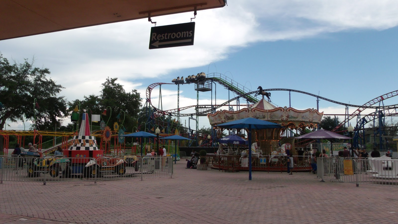 ComeSeeOrlando.com: Something For Everyone at Old Town Kissimmee