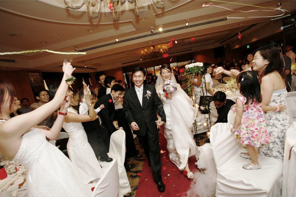 Wedding Gift For Bride Singapore : Singapore Wedding Photography