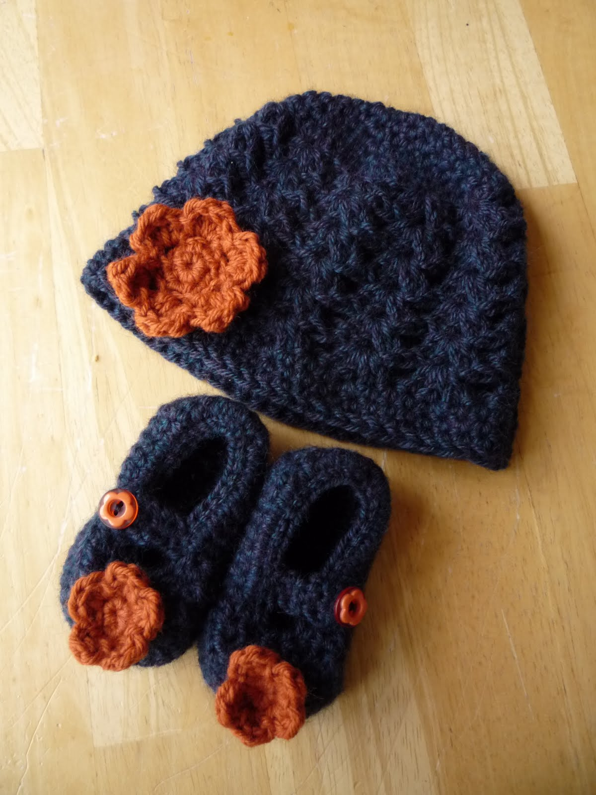 Free Crochet Patterns For Newborn Props : Baby Crochet and Photo Props : HappyBabyCrochet