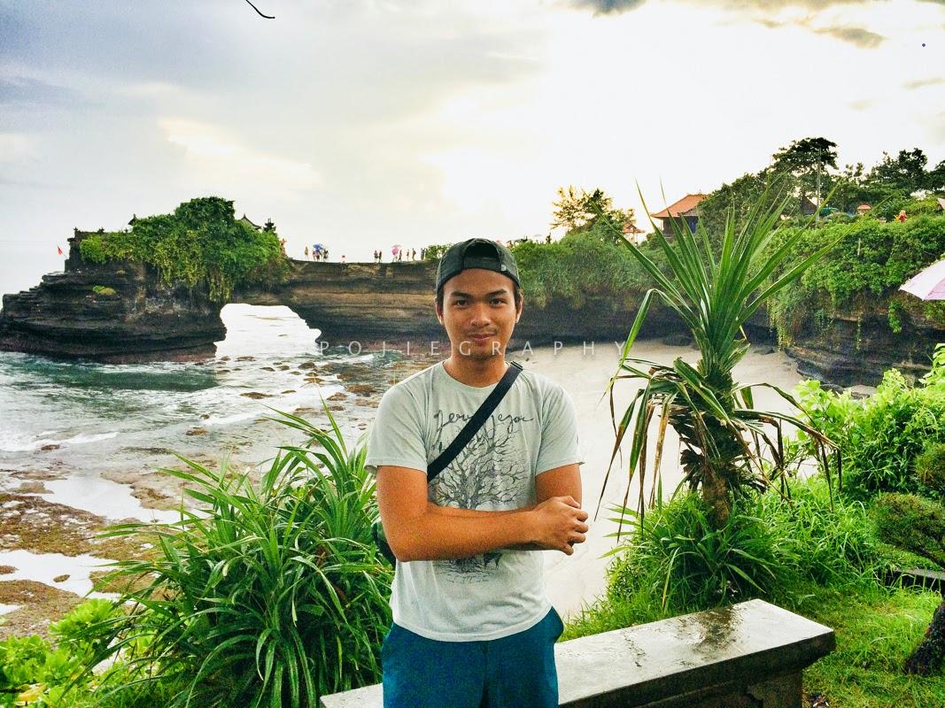 Terkesima Sebentar Melihat Keindahan Tanah Lot Bali