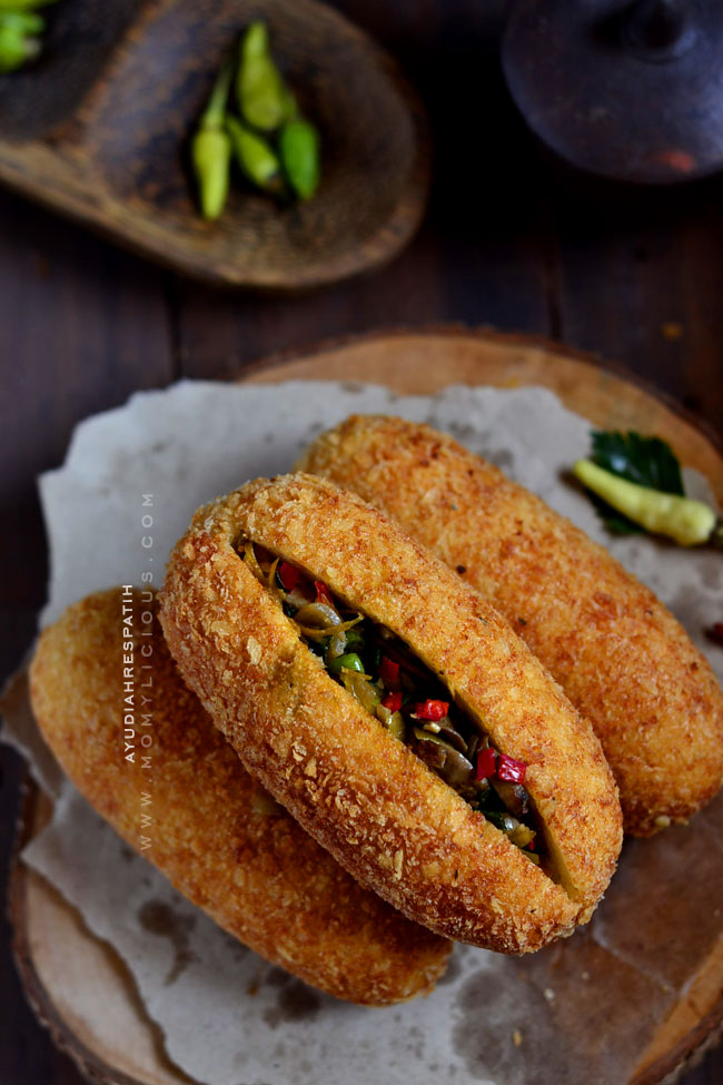 Roti Goreng Isi Jamur