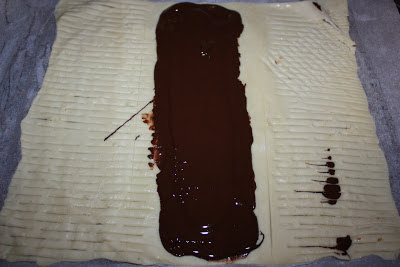 Enrejado de hojaldre con chocolate
