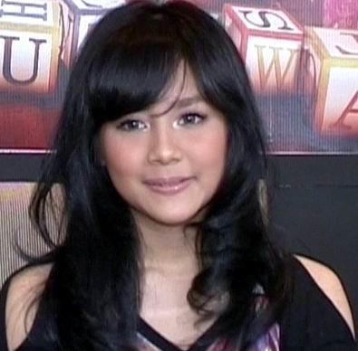 Gita Gutawa on Gita Gutawa