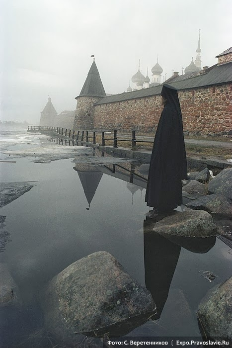 http://englishrussia.com/2013/10/28/serene-images-of-the-russian-village/