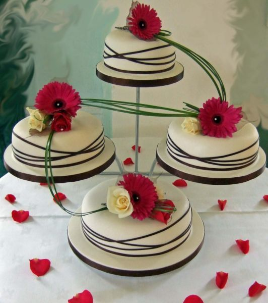 Cake Design Ideas For Wedding : Bridal Wedding Dresses: Modern wedding cake design pictures