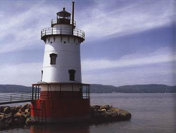 1833 Lighthouse at Sleepy Hollow