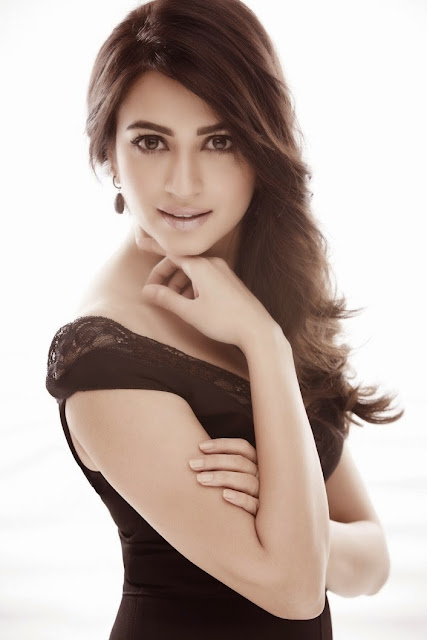 Kriti Karbandha Latest HOT PhotoShoot