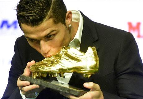 Cristiano Ronaldo Kembali Raih Sepatu Emas