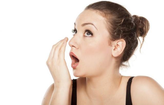 Cara Mengatasi Bau Mulut Secara Alami