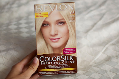 Revlon Hair Dye in Ultra Light Ash Blonde