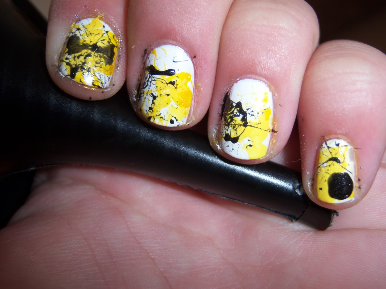 Brittany\'s Secret: Iowa Hawkeyes Nail Splatter