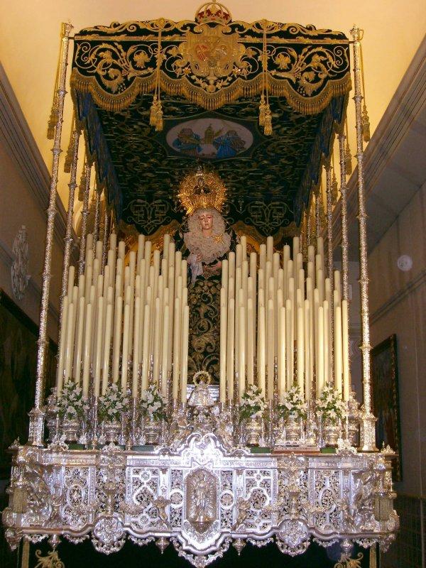 Retransmisión de la Estrella de Triana - Domingo de Ramos. Virgen+de+la+Estrella+-+Palio
